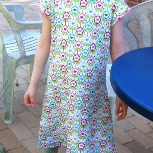 Kleid Herzblumen